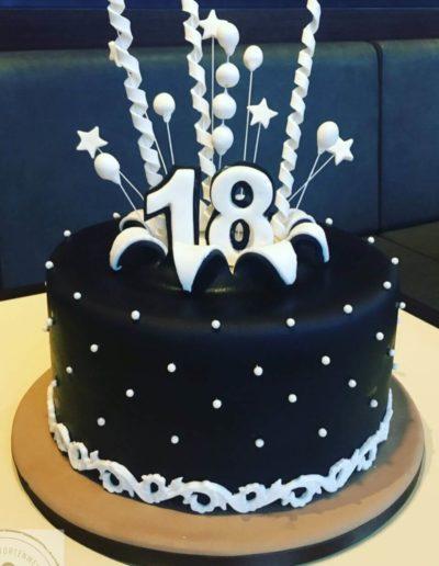 Geburtstagstorten Da Rino Bottrop schwarz mit Zahl