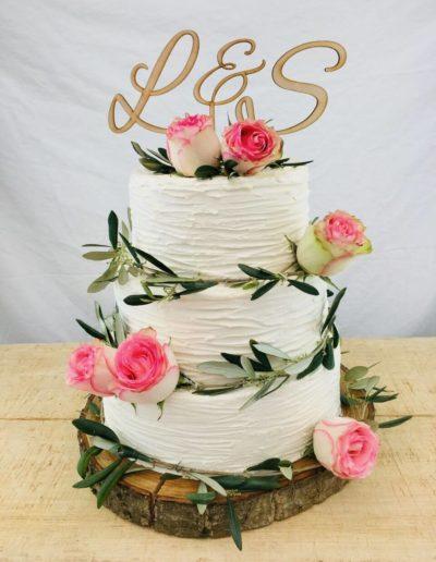 Hochzeitstorten Da Rino Bottrop weiss mit Ästen und Rosen