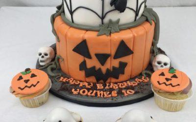 Halloween Torten & Sweets bestellen
