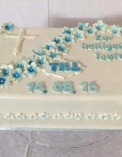 Torten Da Rino Bottrop zur Taufe eckig
